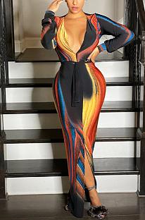 Bescheidenes sexy langärmliges langes Kleid mit tiefem V-Ausschnitt L0326