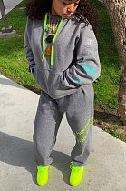 Sporty Polyester Spliced Long Sleeve Fleece Printing Hooded Sets BBN122