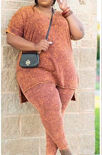 Camiseta casual de poliéster de manga curta em volta do pescoço. Calça longa de cintura média e conjuntos CCY1385
