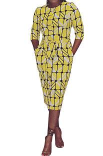 Automne hiver définit le tempérament des manches en corne impression de la robe mi-longue jaune EL8106