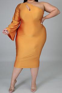 傾斜した肩の長い短い袖は自分の道徳的なバインドドレスを育てるK2036
