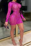 Robe évidée sexy col rond paquet de mode fesses club mini robe WMZ2621