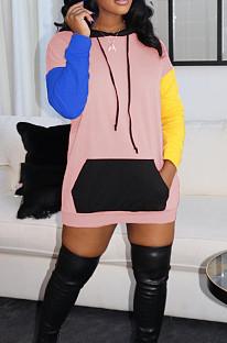 ピンクのファッションカジュアルを一緒に結合コントラストカラーフード付きショートドレスML7418
