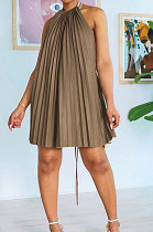 Pure Color Backless Sleeveless Pleated Skirt AD0301