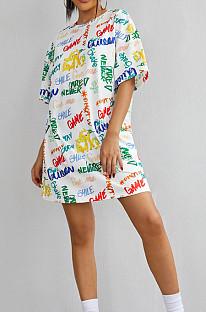 Vestido holgado informal con estampado de graffiti de verano QL1007