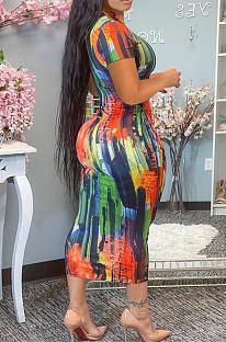 Модное платье с круглым вырезом и принтом тай-дай YM184