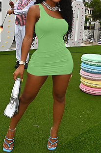 Green Women Sexy Pure Color Mid Waist Hip One Shoulder Mini Dress YM207-3