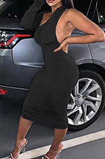 Black New Pure Color Oblique Shoulder One Sleeve Backless Slim Fitting Bodycon Dress WJ5228-3