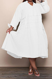 White Simple  Casual Long Sleeve V Neck Folded Solid Color Loose Fat Women Dress QSS51049-2