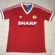 1982/83 M Utd  Home Red Retro Soccer Jersey