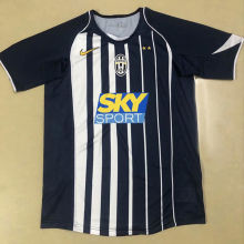 2004-2005 JUV Retro Soccer Jersey