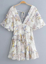 Short Sleeves Dress in White Floral