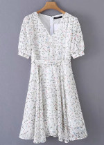 Short Sleeve Dress in White Floral