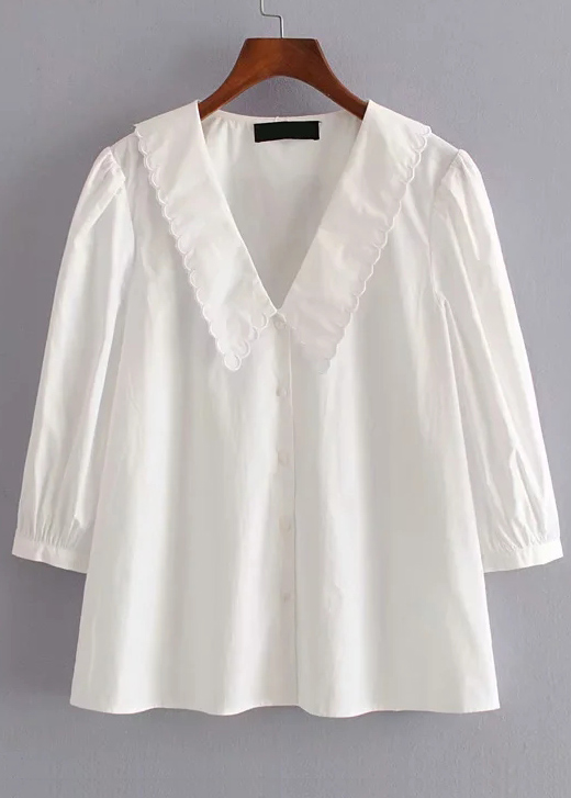 Scalloped Detail Blouse in White