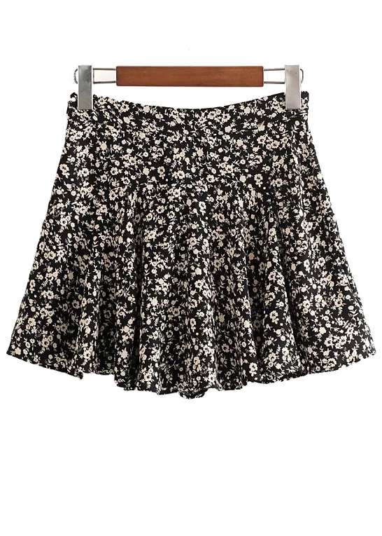 High Waisted Skirt in Black Floral