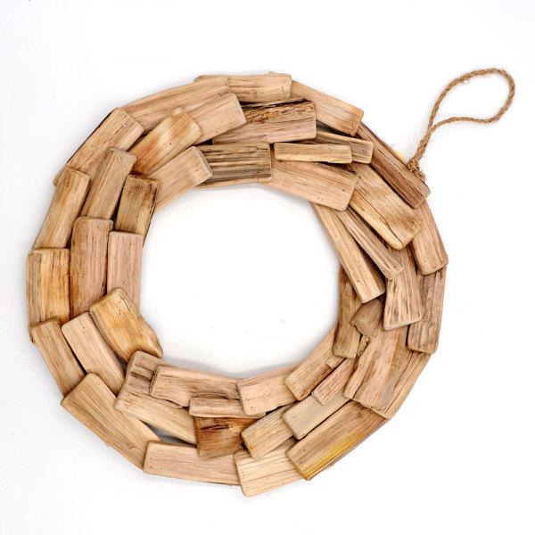 Natural Wood Modern Holiday Wreath, Driftwood Vine Wreath for Coastal Decor