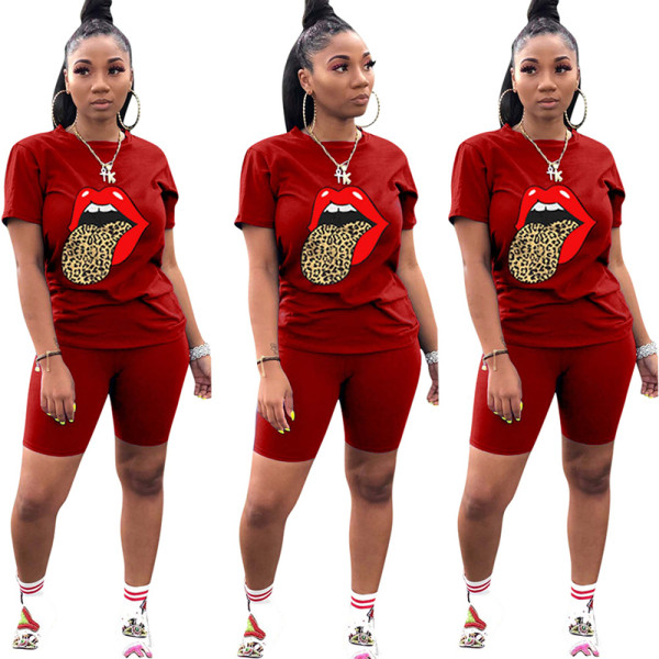 Q060511-7 Casual Tongue Butterfly Print Sport 2 Pcs Track Suit Outfits Two Piece Short Set For Women