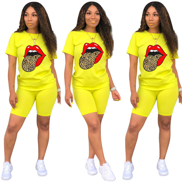 Q060511-4 Casual Tongue Butterfly Print Sport 2 Pcs Track Suit Outfits Two Piece Short Set For Women