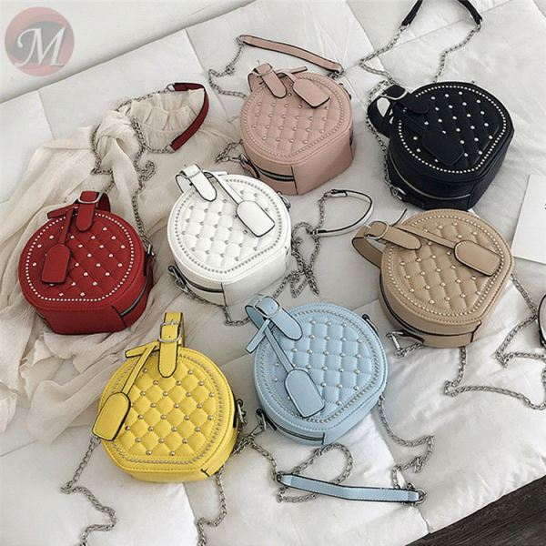 New 2020 fashion fast selling casual quality round leather Rivet shape handbag for women