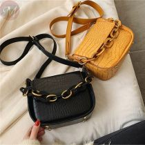 Wholesale 2020 fashion style crossbody shoulder genuine leather hand bags messenger bag women