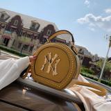 Hot Sales Fashion Style handbags 2020 new crossbody bag retro Classic small round bag fashion rivet shoulder bag