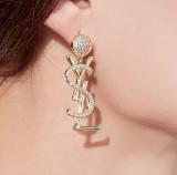 Letter temperament Earrings women's high-grade sense diamond pure silver needle European and American luxury Earrings