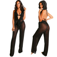 V-collar Jumpsuit with bare back and cap in pure color