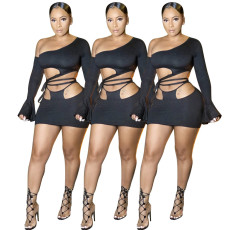 Two piece set of plain diagonal flared sleeves