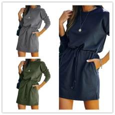 Fashion round neck solid dress
