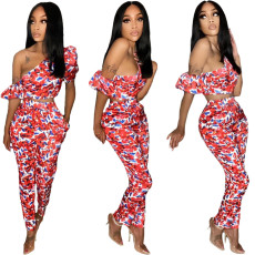 Two piece set with beveled bubble sleeves