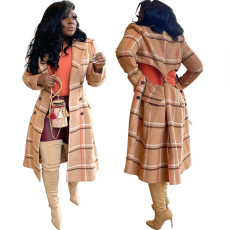 Back hollow wool coat