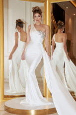 Fashion sexy diagonal shoulder backless dress