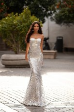 Sexy Strapless sleeveless dress