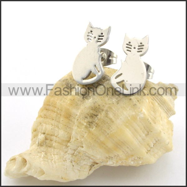 Cat Earrings    e000729