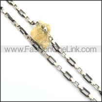 Exquisite Black and Silver Plated Necklace n000817