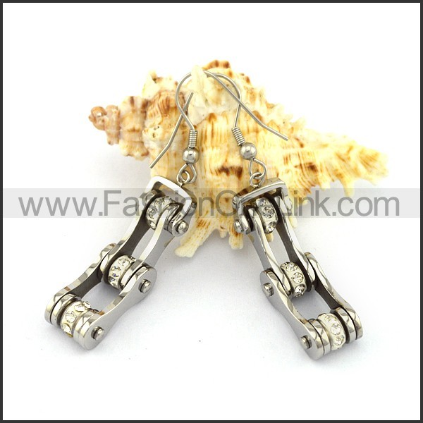 Fashion Stainless Steel Biker Earrings   e001160