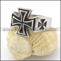 Unique Cross Ring r001487