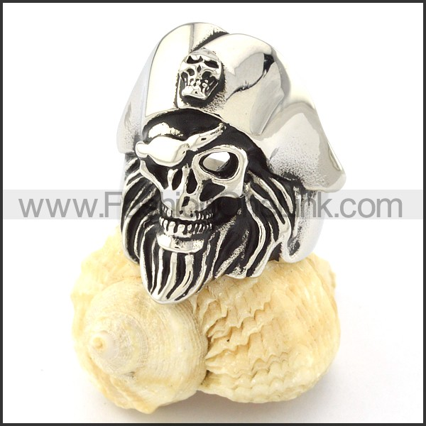 Stainless Steel Punk Skull Ring r000680