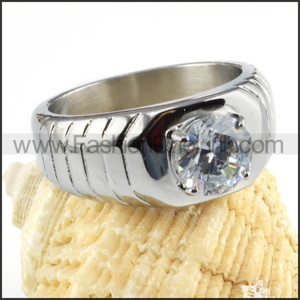 Stainless Steel Stripe and Center Zircon Stone Wedding Ring r000020