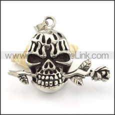 Unique Stainless Steel Skull Pendant  p000485