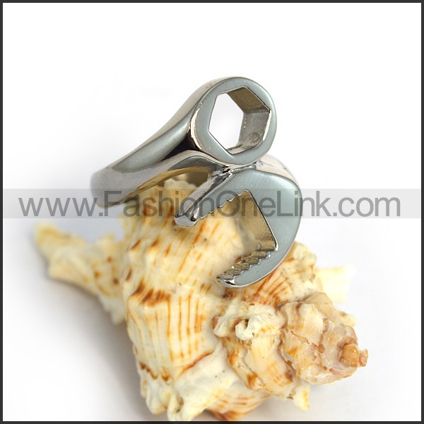 Exquisite Stainless Steel Biker Ring r003607