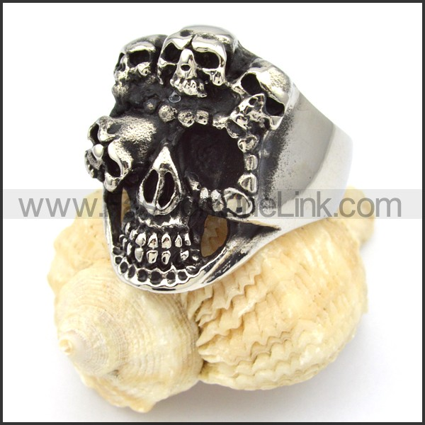 Stainless Steel Skull Ring r000325