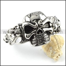 Wicked Skull Bangle b000093