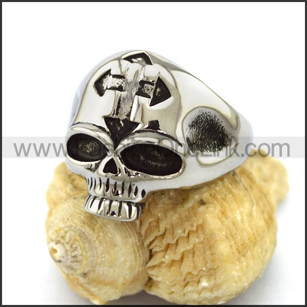 Unique Stainless Steel Skull Ring  r003197