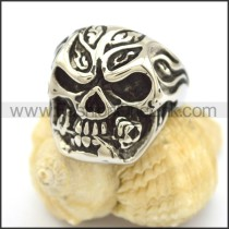 Delicate Stainless Steel Skull Ring r002244