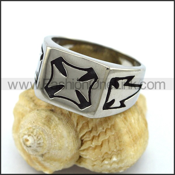 Stainless Steel Cross Ring  r003304