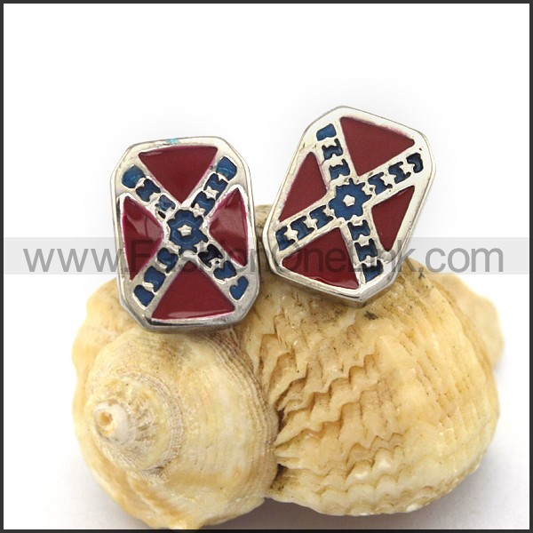 Vintage Red Stone Biker Earrings  e001185