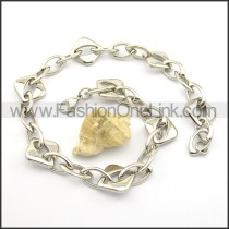 Silver Interlocking Rhomboid Stamping Necklace n000920