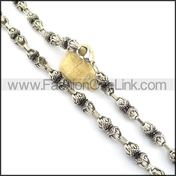 Exquisite Casting Necklace n000631
