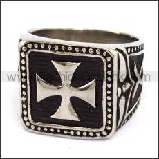 Stainless Steel Iron Cross Ring r003673